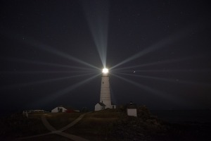 lighthouse-1969705_640