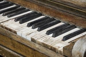 piano-462322_640